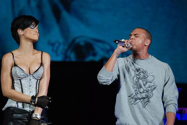 12/16/2008 - Rihanna and Chris Brown - Chicago's B96  Jingle Bash 2008 - December 16, 2008 - Allstate Arena - Rosemont, IL, USA - Keywords: B96 Jingle Bash 2008, Rihanna, Chris Brown - False -  - Photo Credit: Adam Bielawski / PR Photos - Contact (1-866-551-7827)