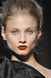 Paris_Fashion_weeK_march_2010 SOPHIA_KOKOSALAKI__Ready_to_wear_fall_winter_2010  PHOTO: EAST NEWS / ZEPPELIN