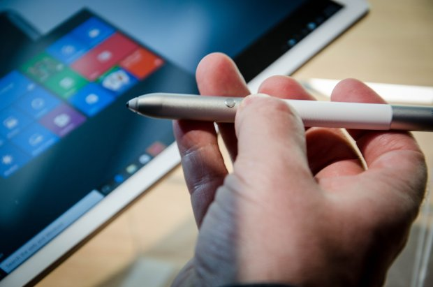 Stylus MatePen do Huawei MateBook