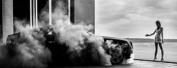 Ludwika Ciechecka i Rolls-Royce Wraith | Dealerem samochodów marki Rolls-Royce w Polsce jest salon Rolls-Royce Motor Cars Warszawa mieszczący się przy ul. Ostrobramskiej 73 w Warszawie.