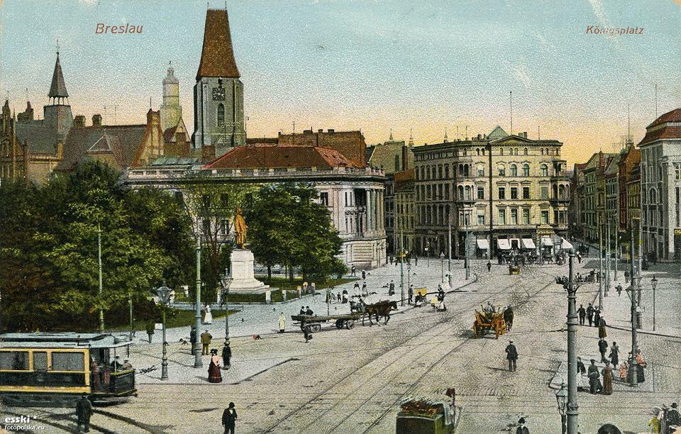 https://bi.gazeta.pl/im/19/00/15/z22021913V,Plac-Jana-Pawla-II-w-1909-roku.jpg