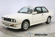 25-letnie BMW M3 trafia na aukcję