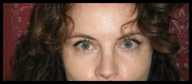 Chcesz wiedzieć ile kobieta ma lat? Spójrz prosto w jej oczy (fot. Monika Muraviova)