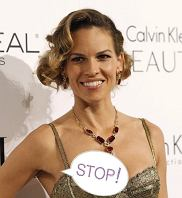 Actress Hilary Swank poses at the 17th Annual Women in Hollywood Tribute gala in Los Angeles October 18, 2010.  REUTERS/Mario Anzuoni (UNITED STATES - Tags: ENTERTAINMENT)