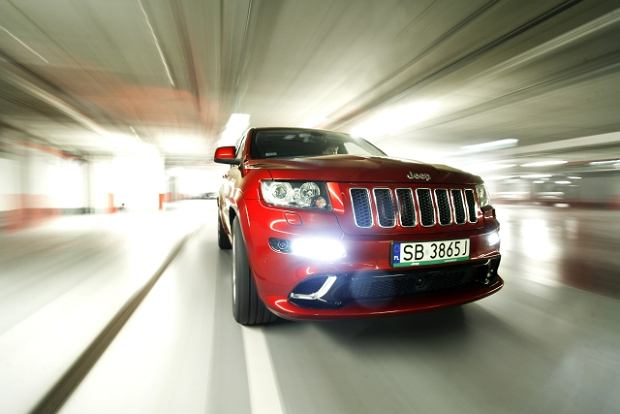 2012 Jeep Grand Cherokee SRT8 - test Moto.pl