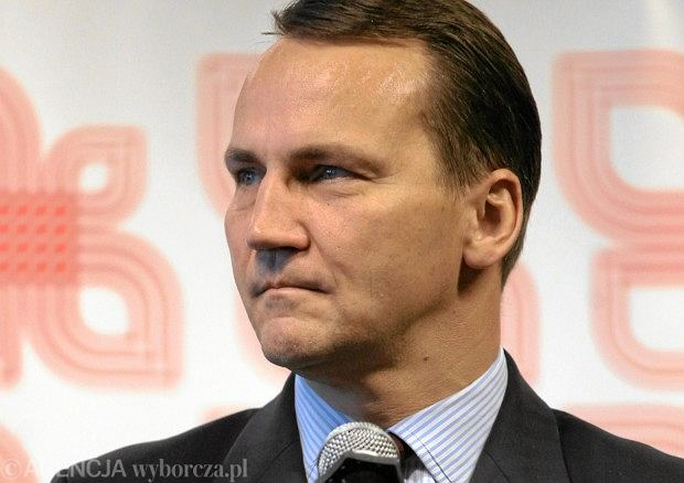 Sikorski minister of Poland foreign relations