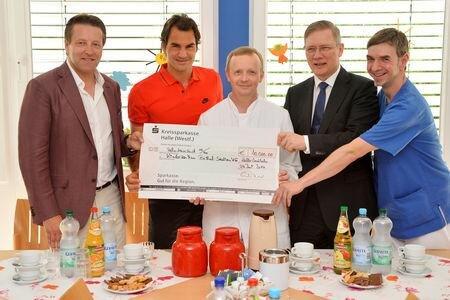 Roger Federer, Bethel Children's Hospital w Halle