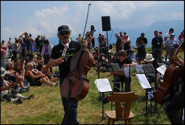 Mario Brunello zagrał koncert na szczycie dwutysięcznika i... idzie dalej