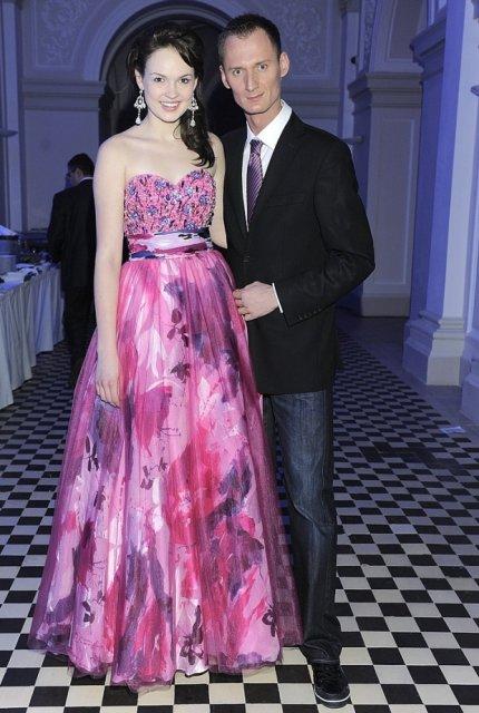 Weronika Lewicka z pierwszej edycji programu 'Top Model. Zostań modelką' na Balu Dziennikarzy - luty 2011