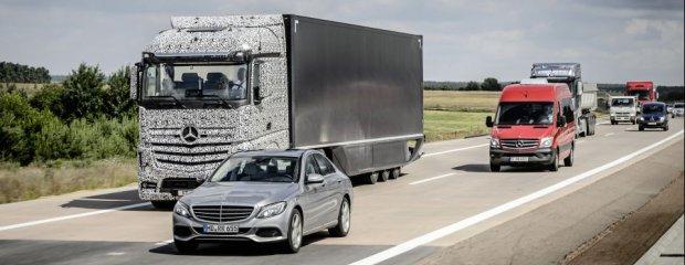 Ciężarówka przyszłości Mercedes-Benz 2025