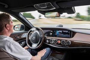 Mercedes S 500 Intelligent Drive | Jazda z autopilotem