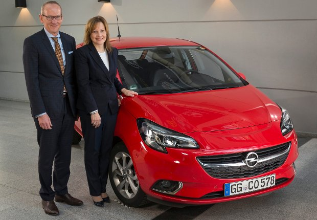 Dyrektor generalny GM, Mary Barra i dyrektor generalny Grupy Opel, Dr. Karl-Thomas Neumann
