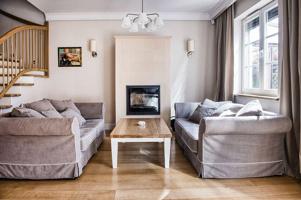 Niesamowite Dom pod Warszawą w stylu prowansalskim XM24