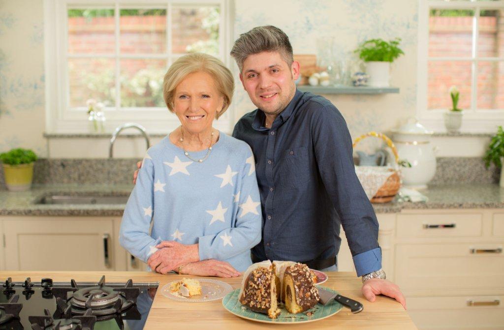 Mary Berry i Damian Wawrzyniak (fot. BBC)