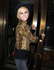 Ashlee Simpson shows off her new pixie haircut as she arrives at her hotel in New York City.  Pictured: Ashlee Simpson