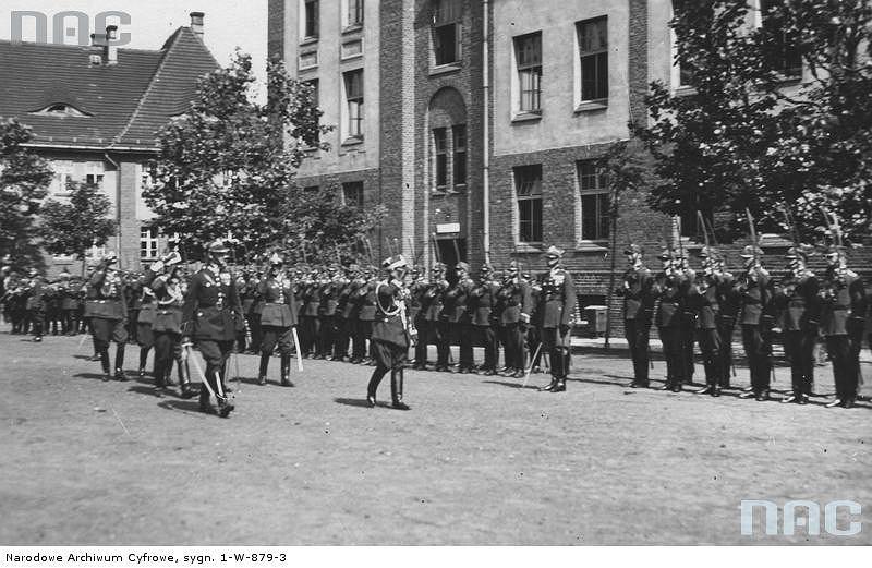 Oryginał Przed II wojną Toruń stał wojskiem [STARE ZDJĘCIA] - zdjęcie nr 5 PQ69