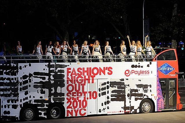 modelki przyjechały na Fashion's Night Out: The Show