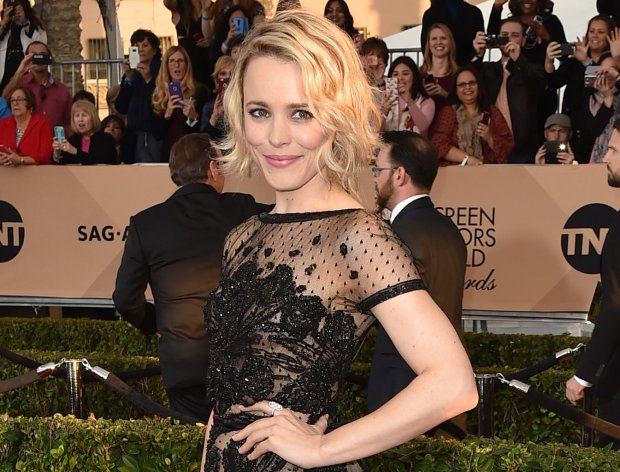 Rachel McAdams arrives at the 22nd annual Screen Actors Guild Awards at the Shrine Auditorium & Expo Hall on Saturday, Jan. 30, 2016, in Los Angeles. (Photo by Jordan Strauss/Invision/AP)