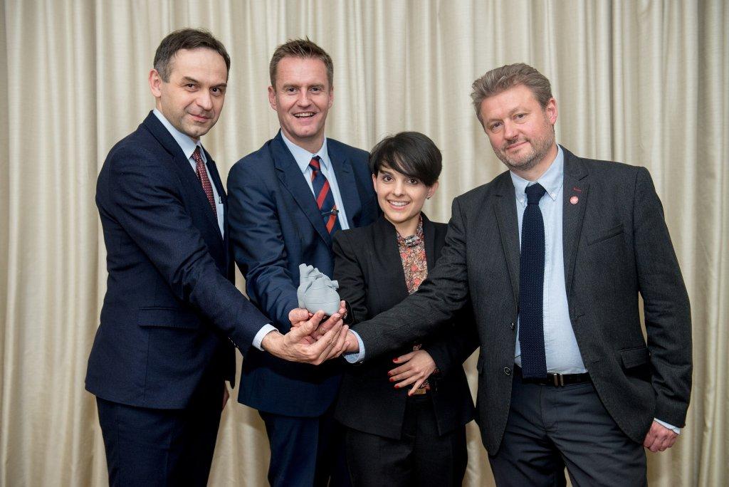 Zespół odpowiedzialny za stworzenie modelu serca 3d - od lewej docent Jacek Kołcz, dr Marcin Wiecheć, dr Agnieszka Nocuń i dr Fred Ushakov (fot. materiały prasowe)