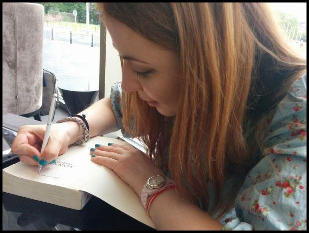 Marina Achmedowa podpisuje polskie wydanie książki