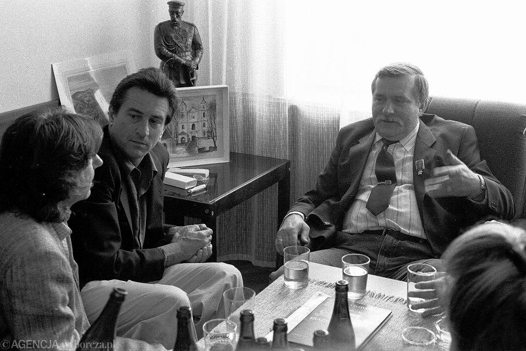 Spotkanie Roberta de Niro i Romana Polanskiego z przywodca Solidarnosci Lechem Walesa. 21.09.1989 Gdansk (fot. Piotr Wojcik / Agencja Gazeta)