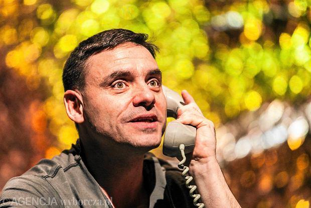 Dodatkowe KSIĄŻKA TELEFONICZNA - Aktualne wydarzenia z kraju i zagranicy QM88