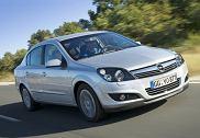 OPEL Astra III Sedan 07-10, rok produkcji 2007, sedan, widok przedni prawy, kolor silver grey