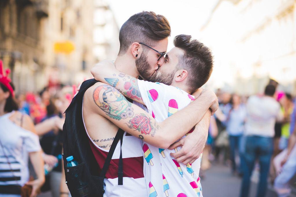 Zdaniem Holendra homoseksualizm jest chorobą, którą należy leczyć (fot. Eugenio Marongiu / iStockphoto)