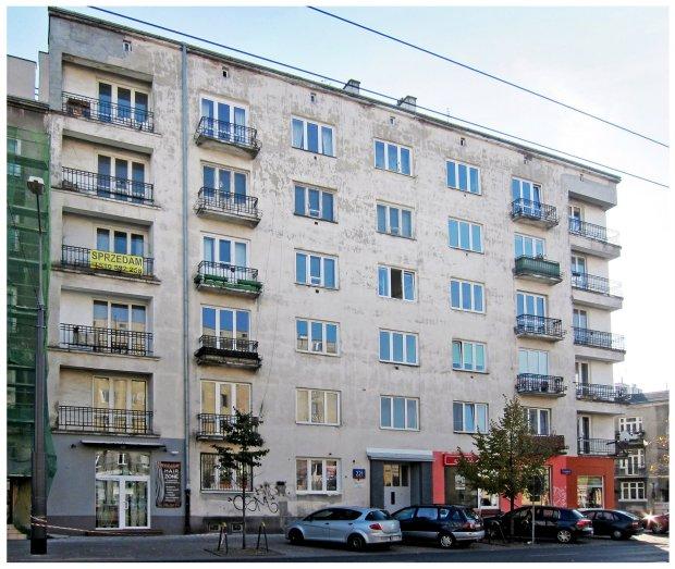 Kamienica przy ul. Grochowskiej 221 - przed remontem
