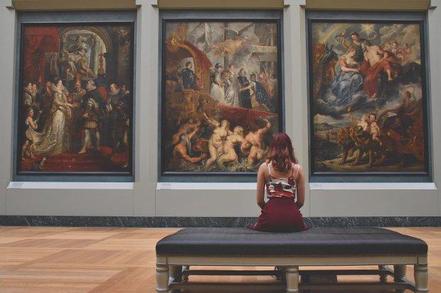 Po cholerę nam jakaś kultura i sztuka? (fot. Pexels.com)