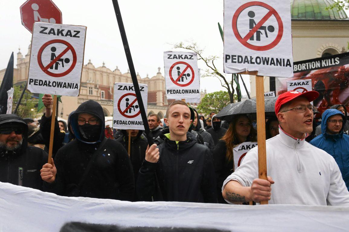 i13.05.2017 Krakow . Kontrmanifestacja przeciwko Marszowi Rownosci .Fot. Jakub Porzycki / Agencja Gazeta