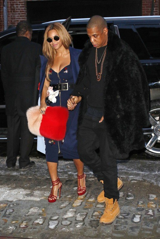 jBeyonce and Jay-Z hold hands while going to a private party in New York City.  Pictured: Beyonce and Jay-Z