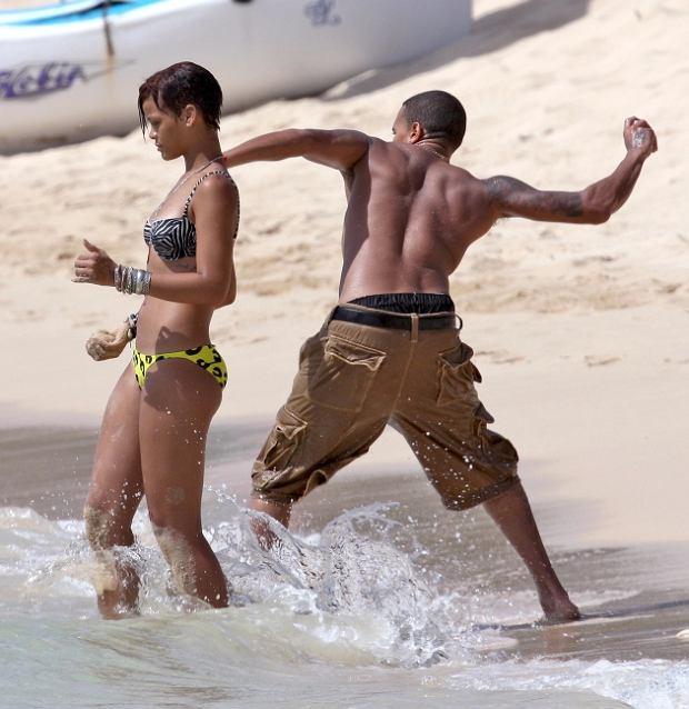 Chris Brown, Rihanna/FORUM