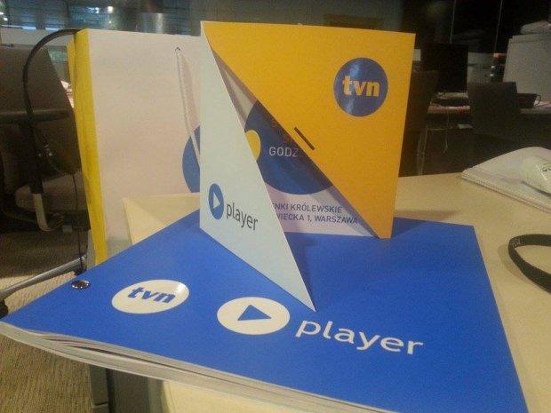 Zaproszenie na prezentację jesiennej oferty programowej TVN i folder informacyjny