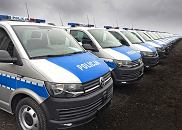 Policyjne Volkswageny Transportery