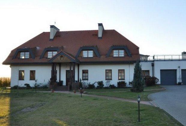 Warsaw Pethouse