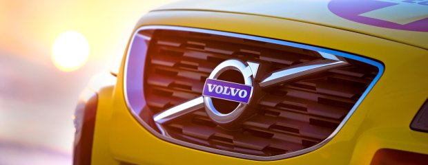 Volvo XC70 Surf Rescue