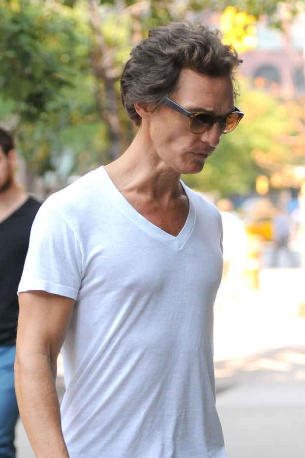 83115, NEW YORK, NEW YORK - Thursday August 30, 2012. A gaunt-looking Matthew McConaughey is seen heading into a hotel in NYC. The Hollywood heartthrob is losing a ton of weight for his starring role in