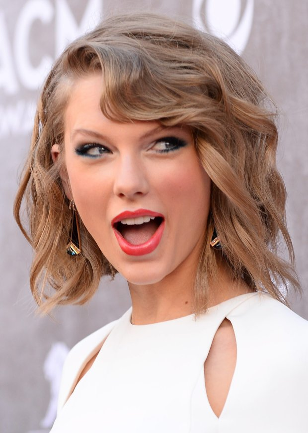 Taylor Swift arrives at the 49th annual Academy of Country Music Awards at the MGM Grand Garden Arena on Sunday, April 6, 2014, in Las Vegas. (Photo by Al Powers/Powers Imagery/Invision/AP)