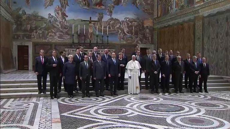 https://bi.gazeta.pl/im/88/8c/14/z21545608IE,Unijni-przywodcy-na-audiencji-u-papieza-Franciszka.jpg