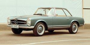 Mercedes 230 SL | Świątynia sportu i elegancji