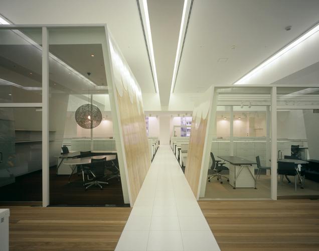 T/H office, Klein Dytham architecture