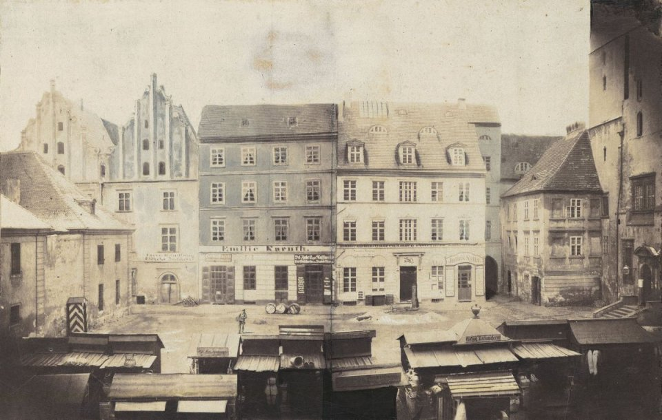 https://bi.gazeta.pl/im/90/2b/10/z16955280V,Tzw--Targ-Rybny---Fischmarkt---miejsce-w-ktorym-do.jpg