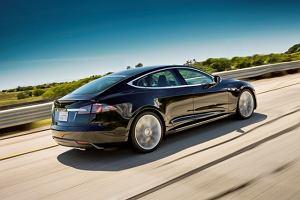 Tesla S najbezpieczniejsza | Wideo