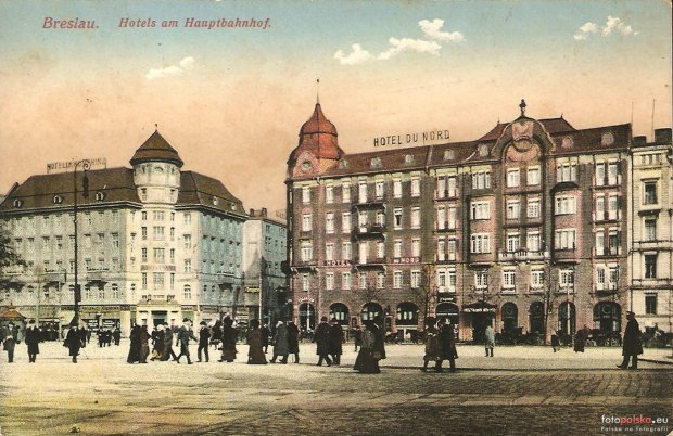 https://bi.gazeta.pl/im/96/89/10/z17338518Q,Lata-1910-1914--po-lewej-Hotel-Kronprinz--po-prawe.jpg