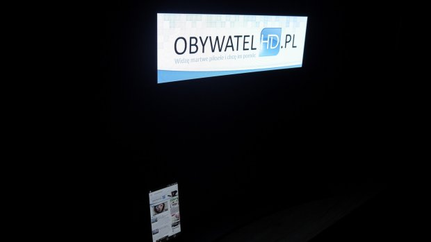 LG EG910V OLED - czerń komórka