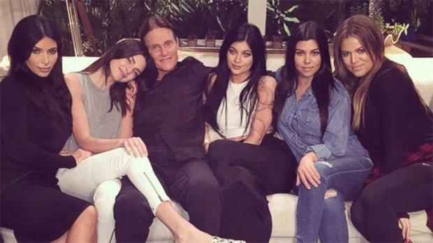 Bruce Jenner z córkami