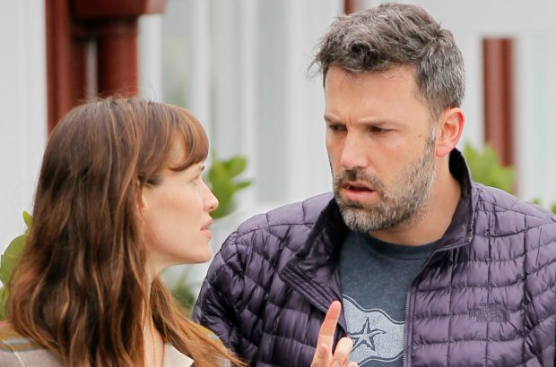 2015 RAMEY PHOTO 310-828-3445  June 10th 2015 - Brentwood??Ben Affleck and Jen Garner take Seraphina for lunch in Bentwood.  061015  KISS