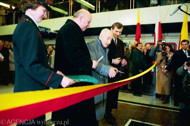 Otwarcie metra 7 kwietnia 1995, stacja Wilanowska