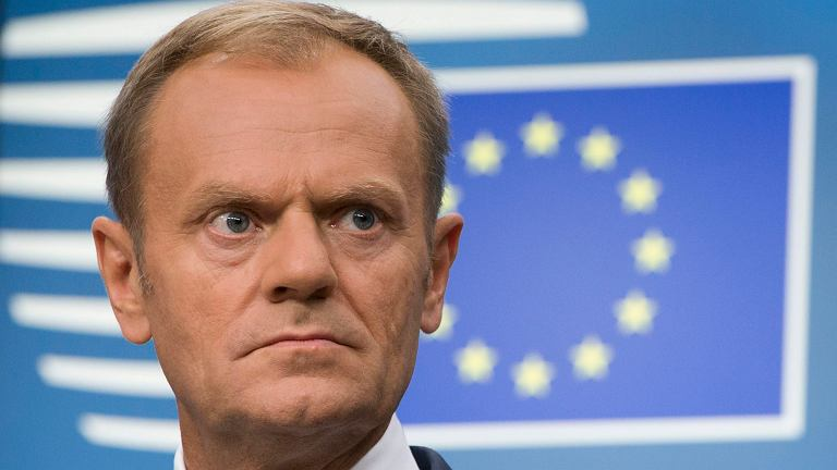Znalezione obrazy dla zapytania Tusk na przesłuchaniu